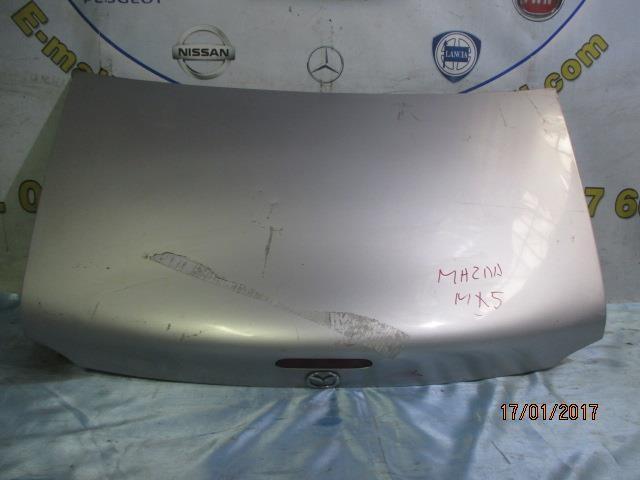 mazda mx5 baule grigio argento