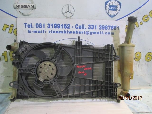 fiat punto 2004 1.2 b radiatore acqua con ventola
