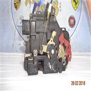 AUDI CARROZZERIA  AUDI A4 ^02 SERRATURA POSTERIORE DX
