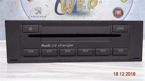 AUDI ELETTRONICA  AUDI A6 - A4 CARICATORE CD/DVD 8E0035111C
