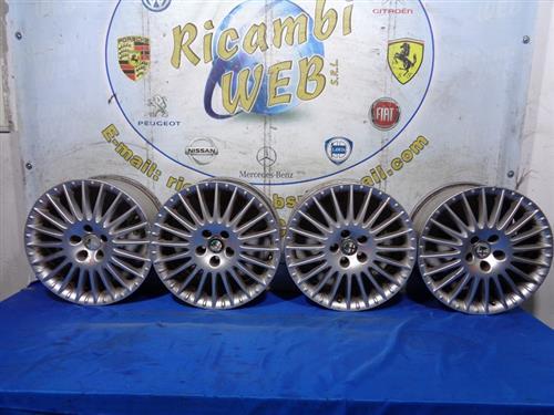 ALFA ROMEO ACCESSORI  ALFA ROMEO 159 CERCHI IN LEGA R17 POLLICI 7.5 *