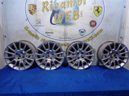 FIAT ACCESSORI  FIAT BRAVO '08 CERCHI IN LEGA R16 POLLICI 7 (DA RIPRISTINARE)