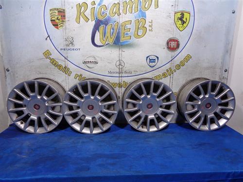 FIAT ACCESSORI  FIAT BRAVO '08 CERCHI IN LEGA R16 POLLICI 7 (LEGG.GRAFFIATI)