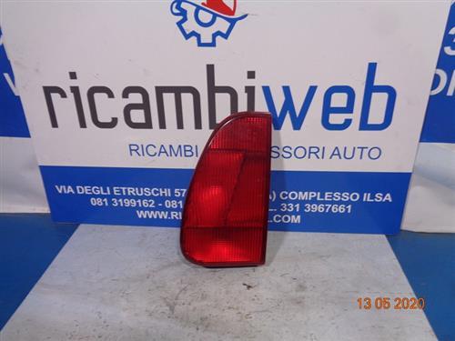 FIAT CARROZZERIA  FIAT ULYSSE FANALE POSTERIORE SX (INTERNO PORTELLONE)