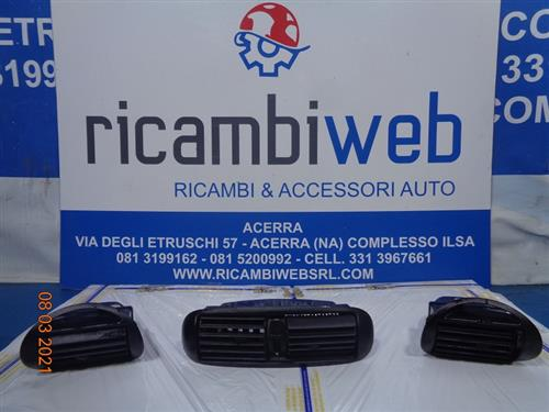 FIAT TERMICO CLIMA  FIAT 600 BOCCHETTE A/C NERE (BOCCHETTA SX LEGGERMENTE LESIONATA)